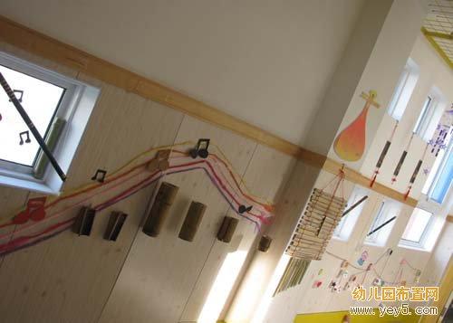 幼儿园走廊布置:精美的竹子饰品(3)