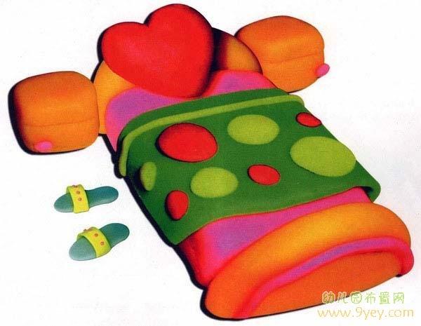 幼儿园橡皮泥手工制作:床铺