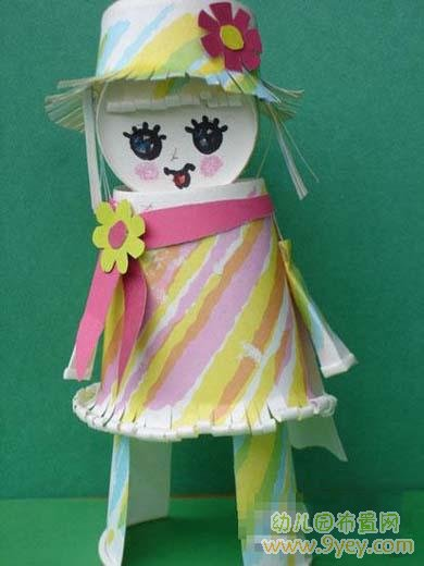 幼儿园废旧物品手工:纸杯小女孩图片