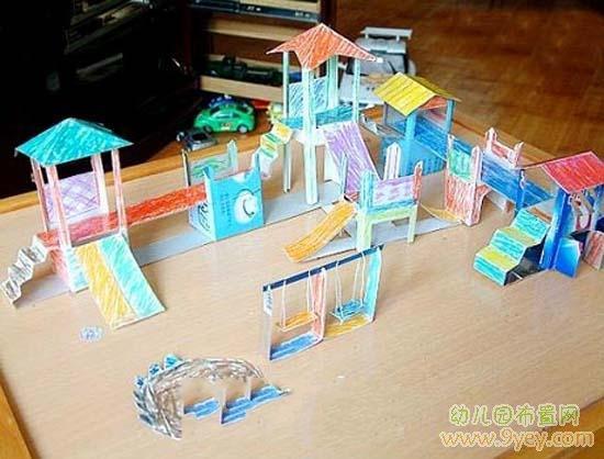 幼儿园小班剪纸图片_幼儿园手工作品:漂亮的廊桥_幼儿园布置网