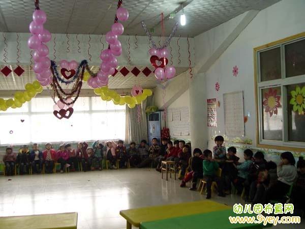 幼儿园元旦联欢晚会教室布置图片图片