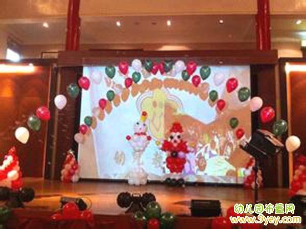 幼儿园圣诞节演出舞台环境创设图片_幼儿园布置网