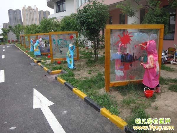 幼儿园教室墙面绘画_幼儿园室外有机玻璃涂鸦墙设计图片_幼儿园布置网